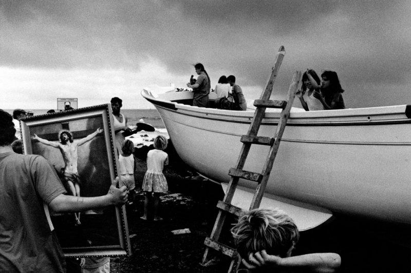 Автор фото: Пауло Монтейру. «Крещение рыболовного судна»