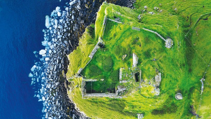 Автор фото: Лаура Дейлі (Laura Daly).  Місце зйомки: Дантулм, острів Скай, Шотландія.