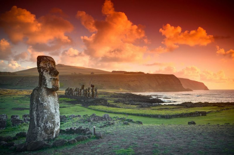 Остров Пасхи: за большими головами