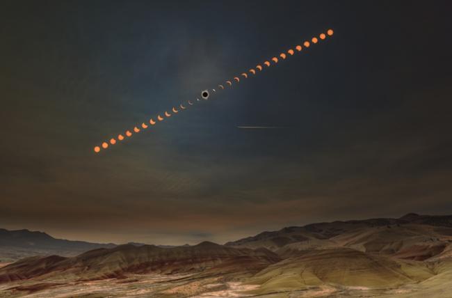 «Последовательность солнечного затмения». Вэньцзе Цяо, США