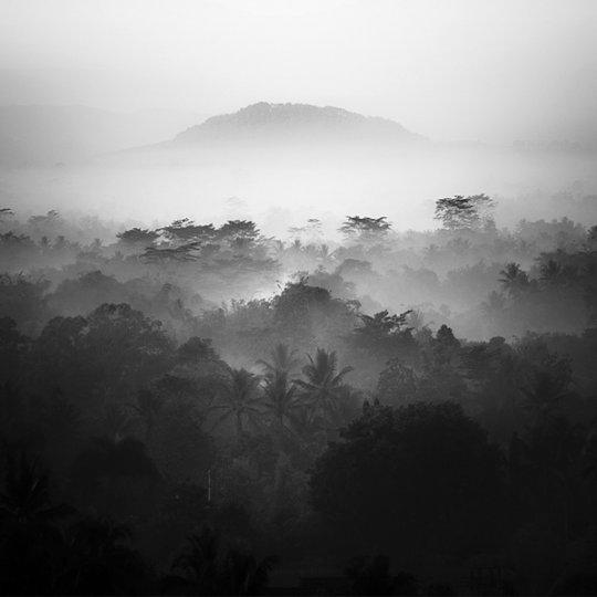 Потрясающие фотографии вулкана Бромо на острове Ява - №9