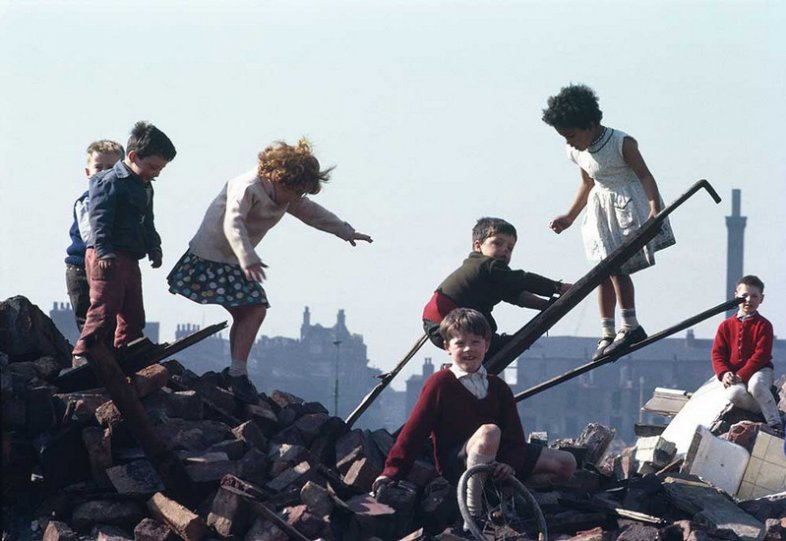 Фотографии Ширли Бейкер 1960-х годов - №18
