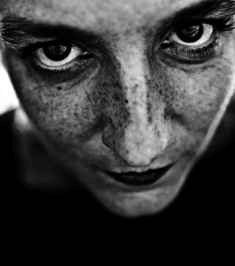 Потрясающие чёрно-белые портреты - №21