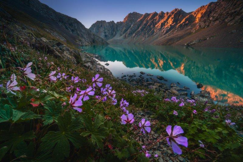 Потрясающие пейзажи Киргизии - №6
