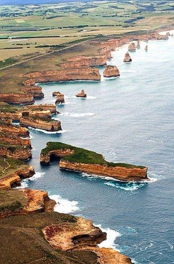 Удивительные побережья в красивых фото - №34