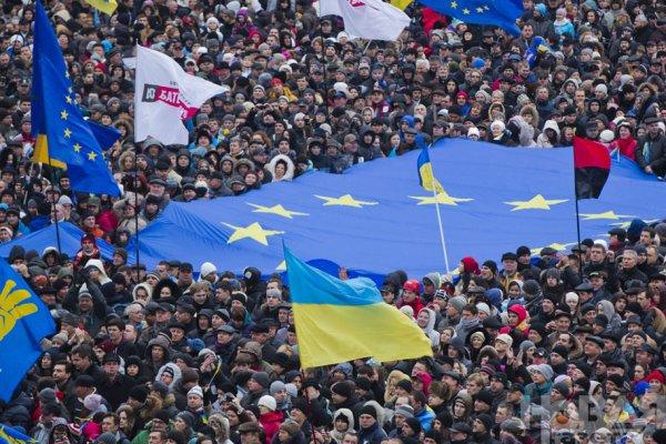 Новости в фотографиях - Украина. ЕвроМайдан 2013 - №9