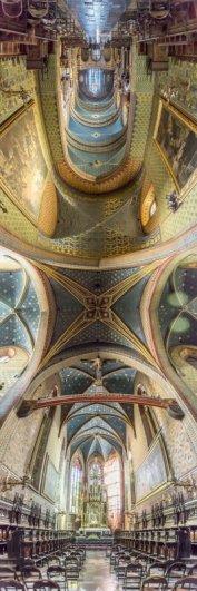 Головокружительные вертикальные фото панорамы церквей - №2