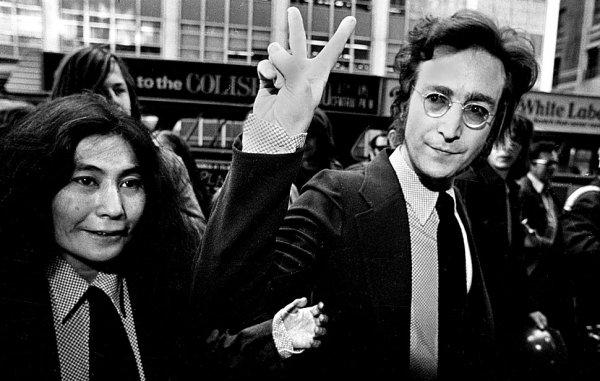 Новости в фотографиях - подборка в память о Джоне Ленноне - №13