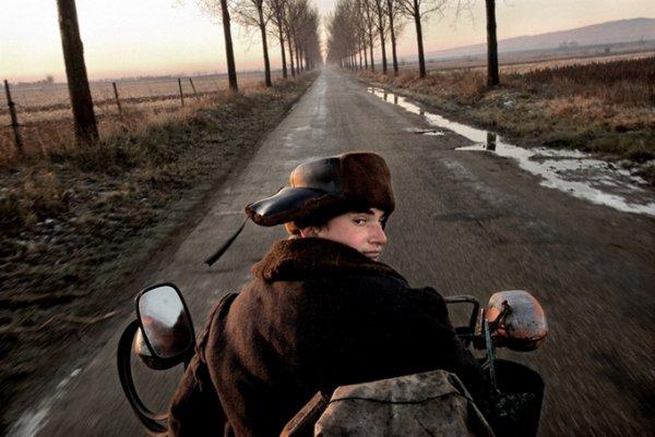 Граница между документальным и художественным фото. Tamas Dezso - №5