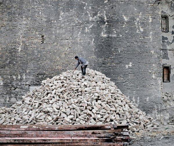 Граница между документальным и художественным фото. Tamas Dezso - №9