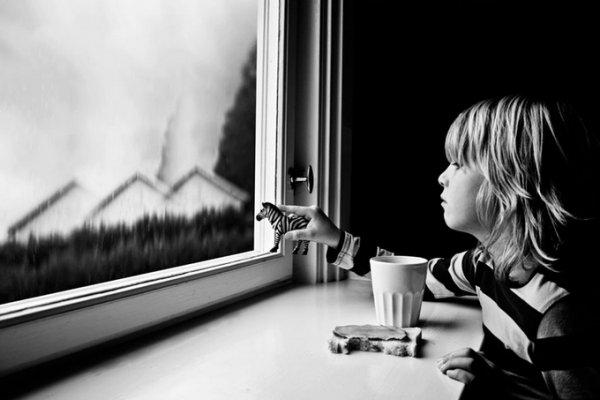 Анна Хартиг (Anna Hurtig). Необычная атмосфера в детских фото - №1