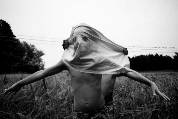 Анна Хартиг (Anna Hurtig). Необычная атмосфера в детских фото - №17