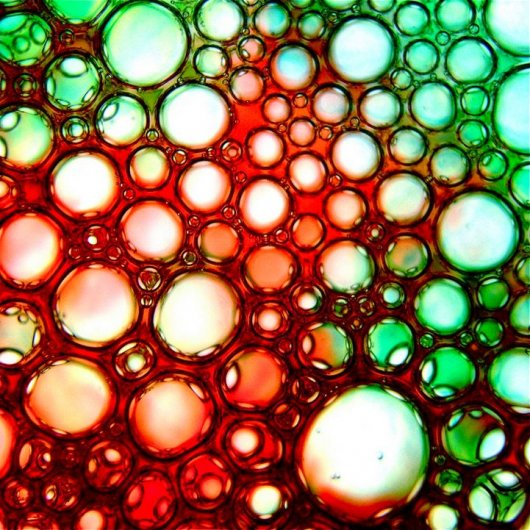 Яркие цвета жидкостей в макро фото - №3