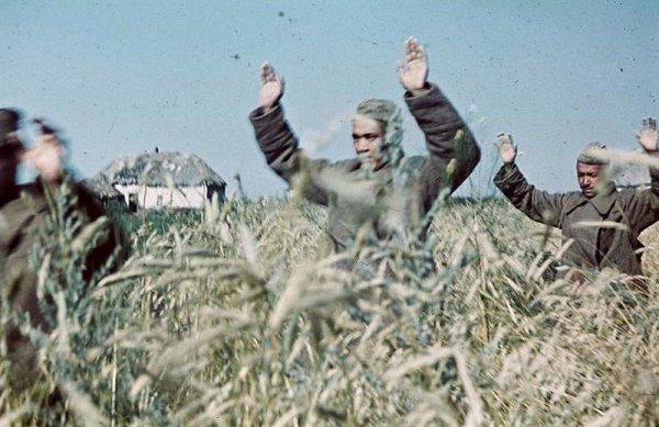 Интересные фото от военного корреспондента - №32