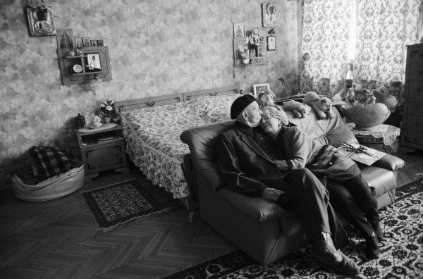 2007, Vladimir Vyatkin, 3rd prize, Daily Life