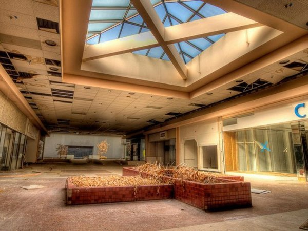 Заброшенные здания - бывшие мегамоллы США - №8