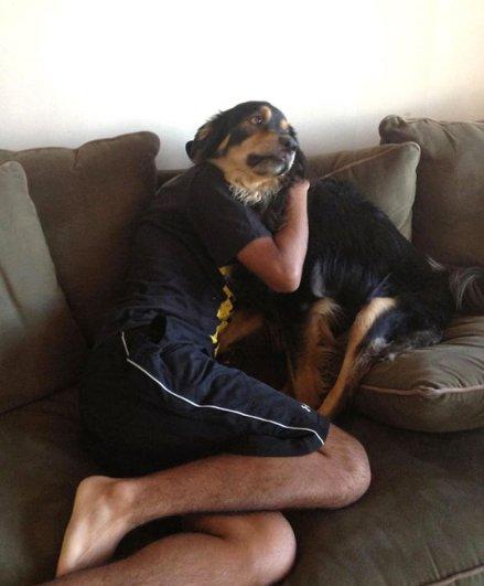 Удачные фото хозяина с собаками 25