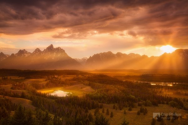 Красота природы - Гранд-Титон и солнечные лучи