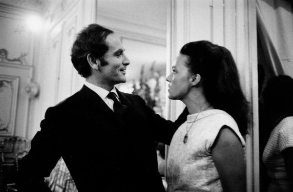 Марк Рибу. Пьер Карден и Жанна Моро на показе мод. Париж, 1964. © Marc Riboud